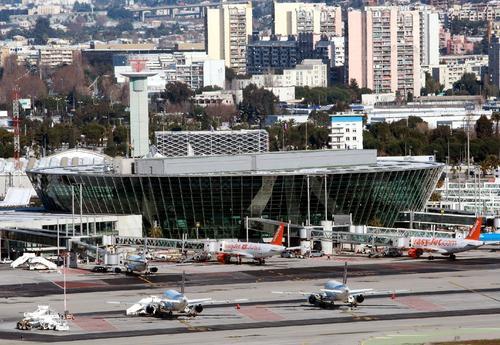 Забастовка  диспетчеров  аэропорту Ниццы