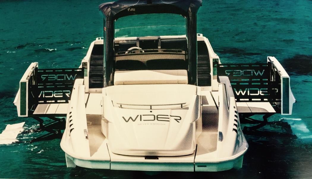 Wider yacht