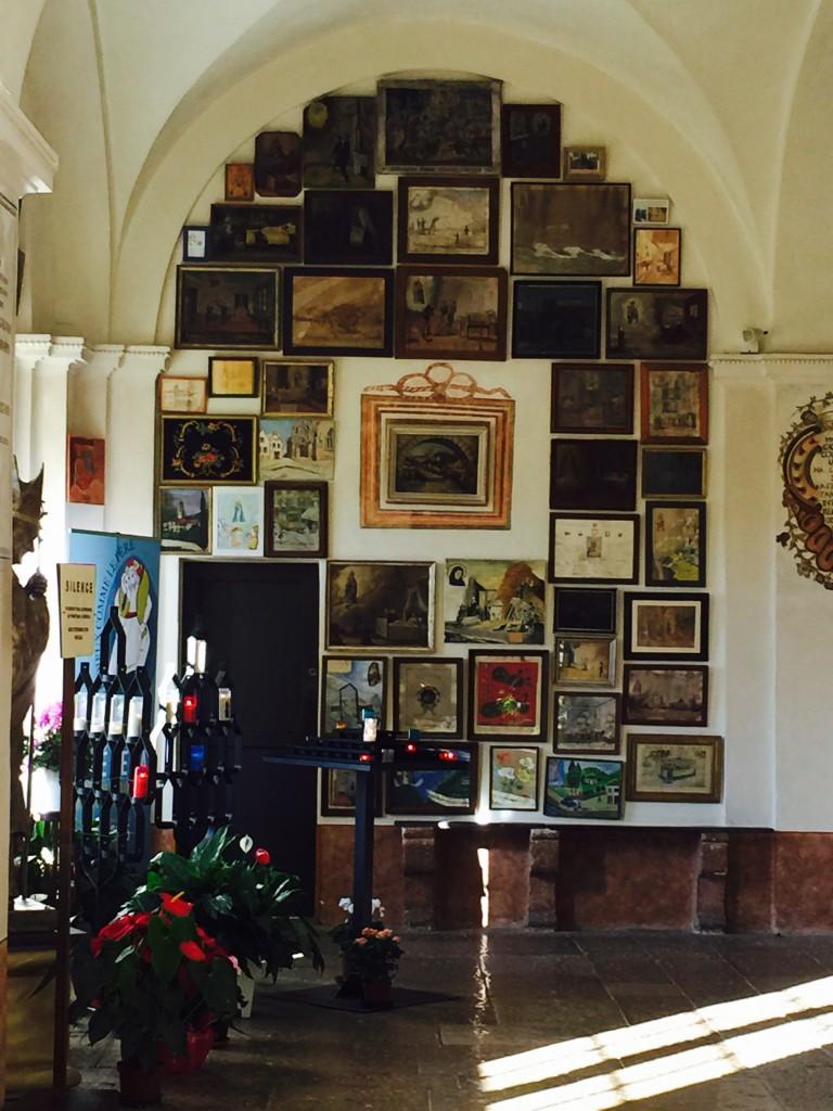 Картины в храме Лаге