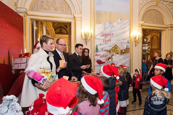 Торжественное поздравление с Рождеством во Дворце