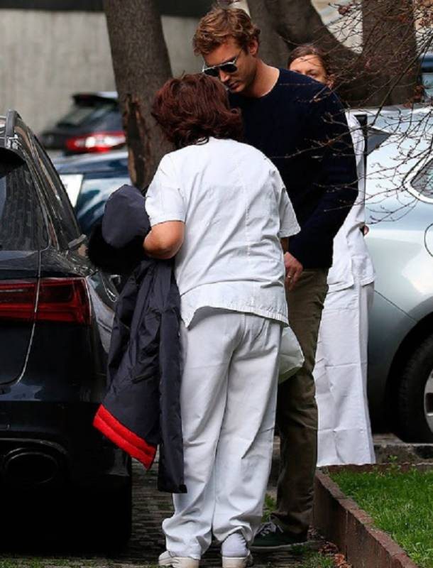 Беатриче Борромео выходит из госпиталя