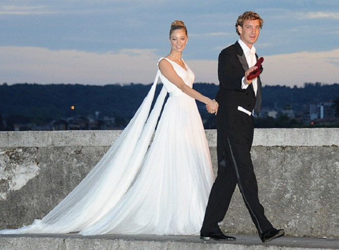 Фото со свадьбы Пьера и Беатрис на берегу
