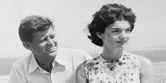 Князь открыл выставку Кеннеди