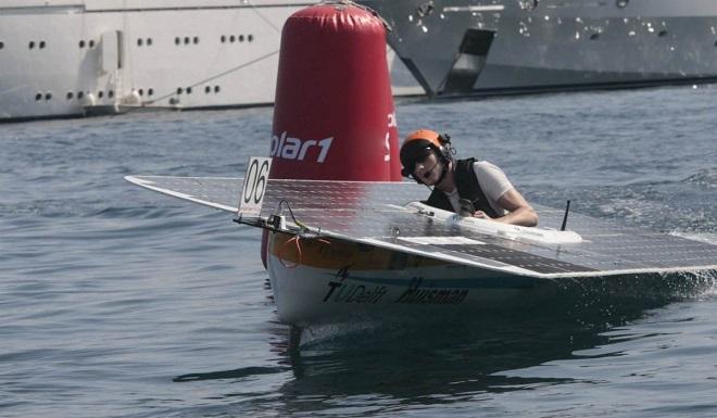 Соревнования на лодках с солнечными батареями