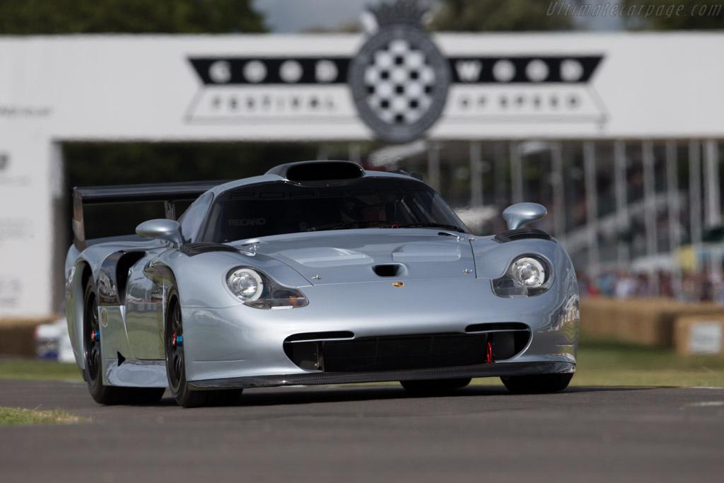 Porsche 911 GT1 Evolution 1997 года