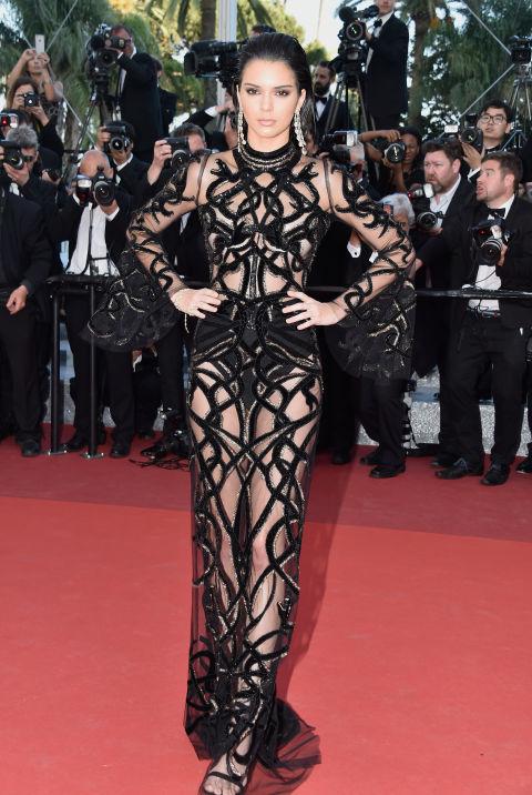 Кендал Дженнер в платье Roberto Cavalli