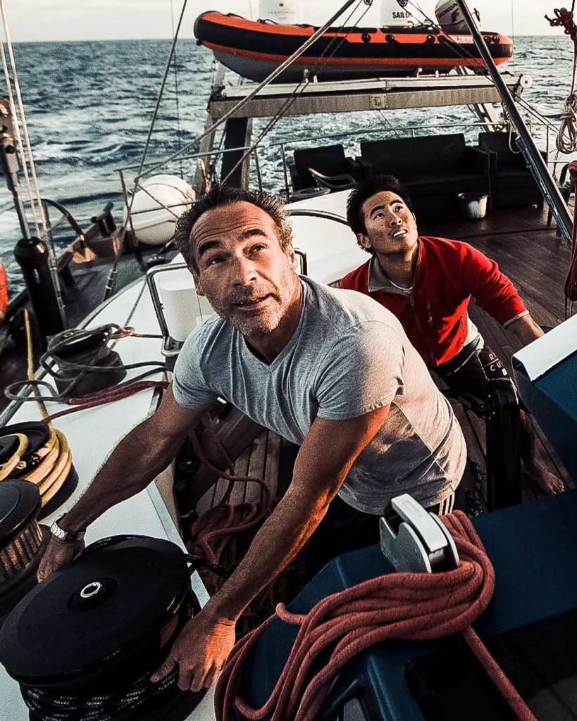 Майк Хорн на лодке