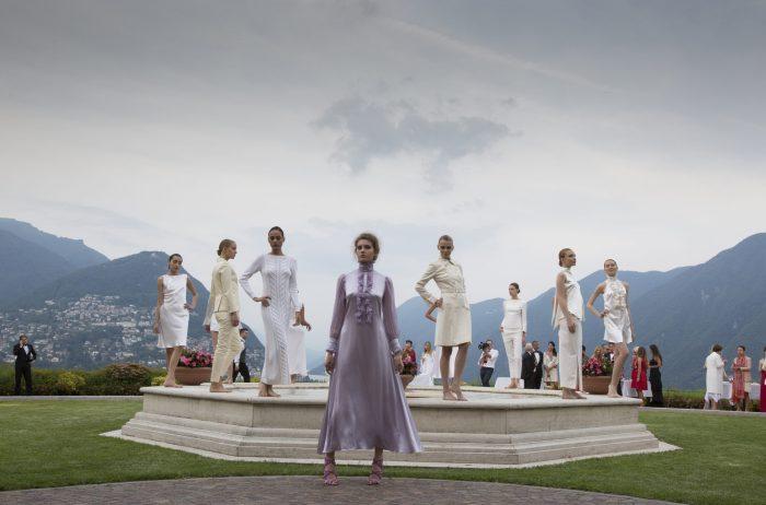 Модный показ миланского дизайнера Анжелы Белломо