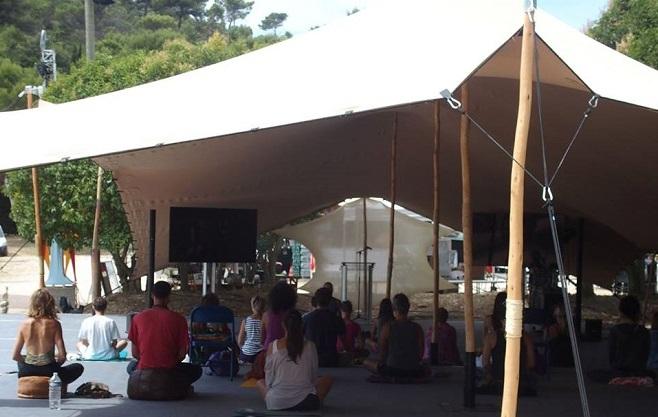 Йога на фестивале Гармонии