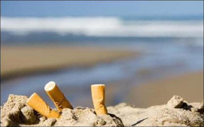Загрязненный пляж