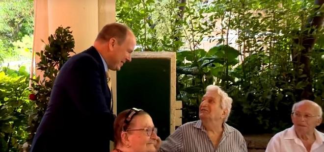 Князь в доме престарелых в Cap-Fleuri