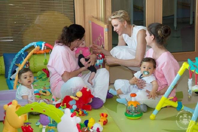 Княжеская чета открыла детский сад в госпитале