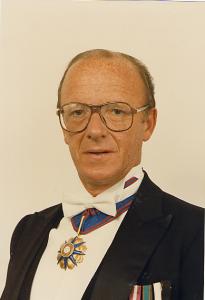 Питеру М. Морфи