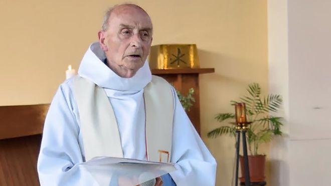 Священник Жак Амель