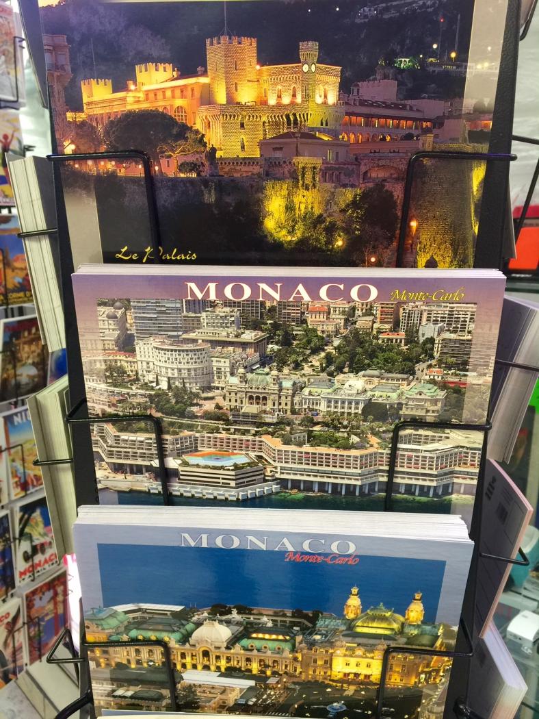 Стенд с открытками Монако