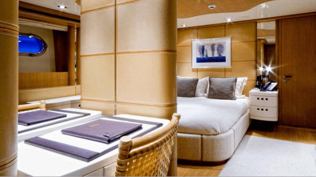 Спальня на яхте Kijo
