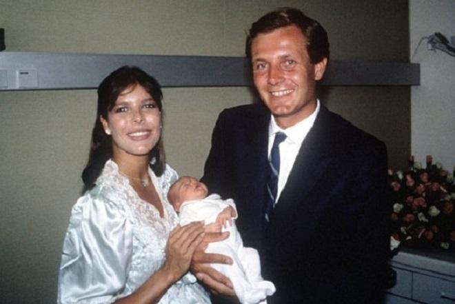 Каролина и Стефан с дочерью Шарлоттой