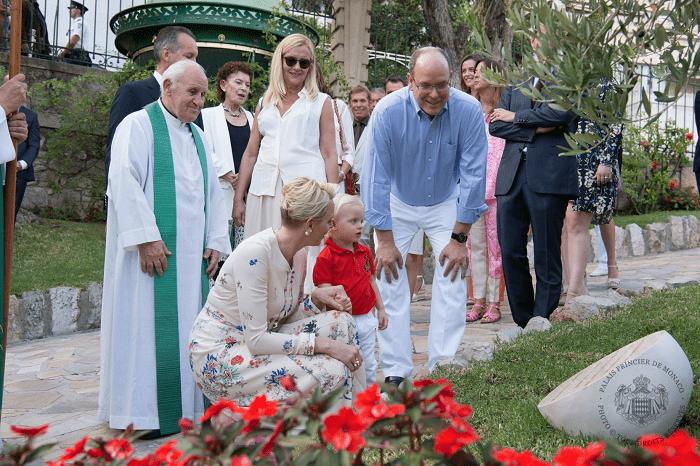 Княжеская чета с сыном Жаком