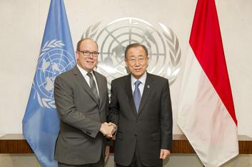 Князь Монако Альбер II и Генеральный секретарь ООН Пан Ги Мун