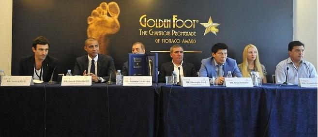 Комиссия по присуждению премии Golden Foot