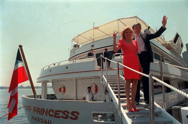Дональд Трамп на яхте