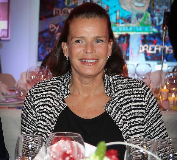 Принцесса Стефания на гала-вечере