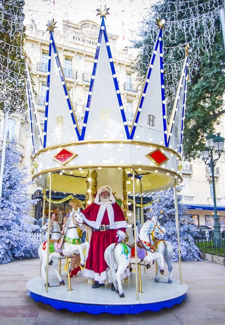 Дед Мороз в Hôtel Hermitage Монте-Карло