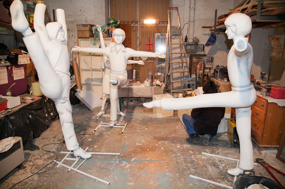 Создание скульптур Фестиваля лимонов в Ментоне