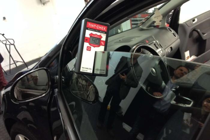 проверка тонировки актомобилей