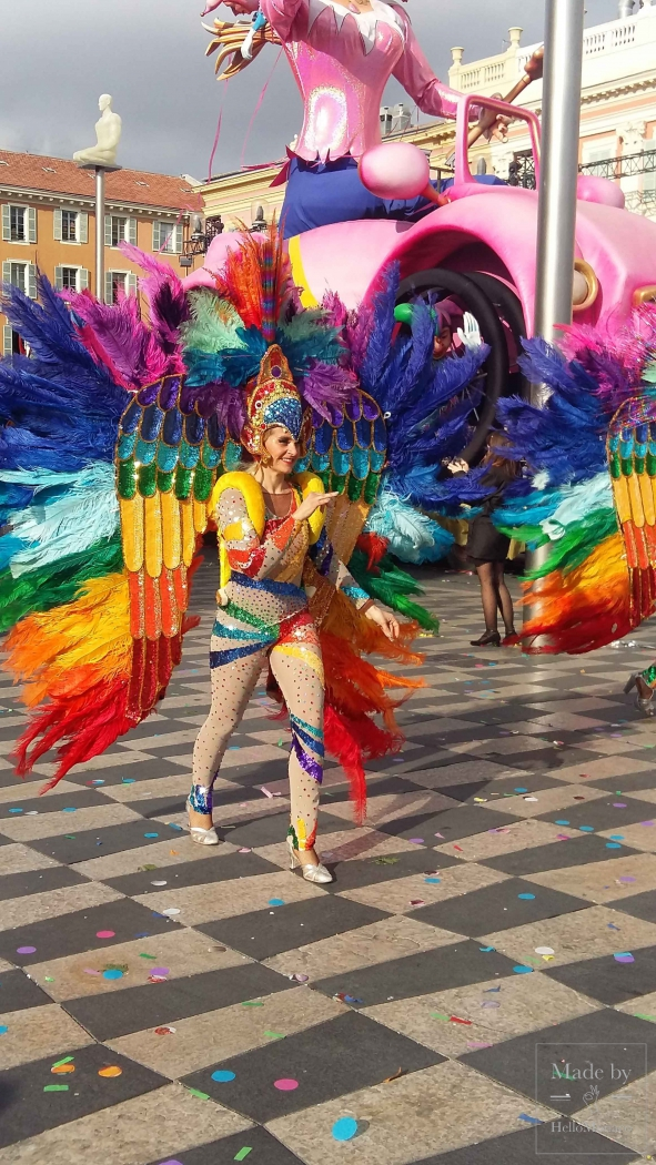 Битва цветов на карнавале в Ницце