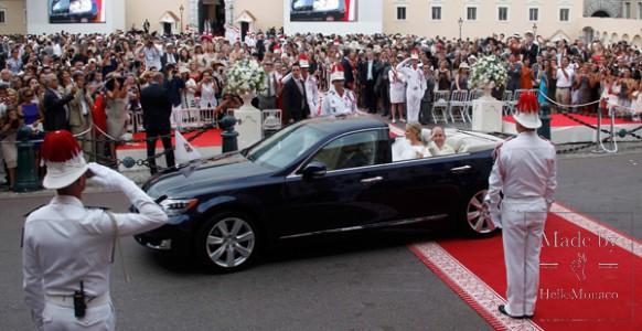 Кабриолет Lexus со свадьбы Князя Монако и принцессы Шарлен