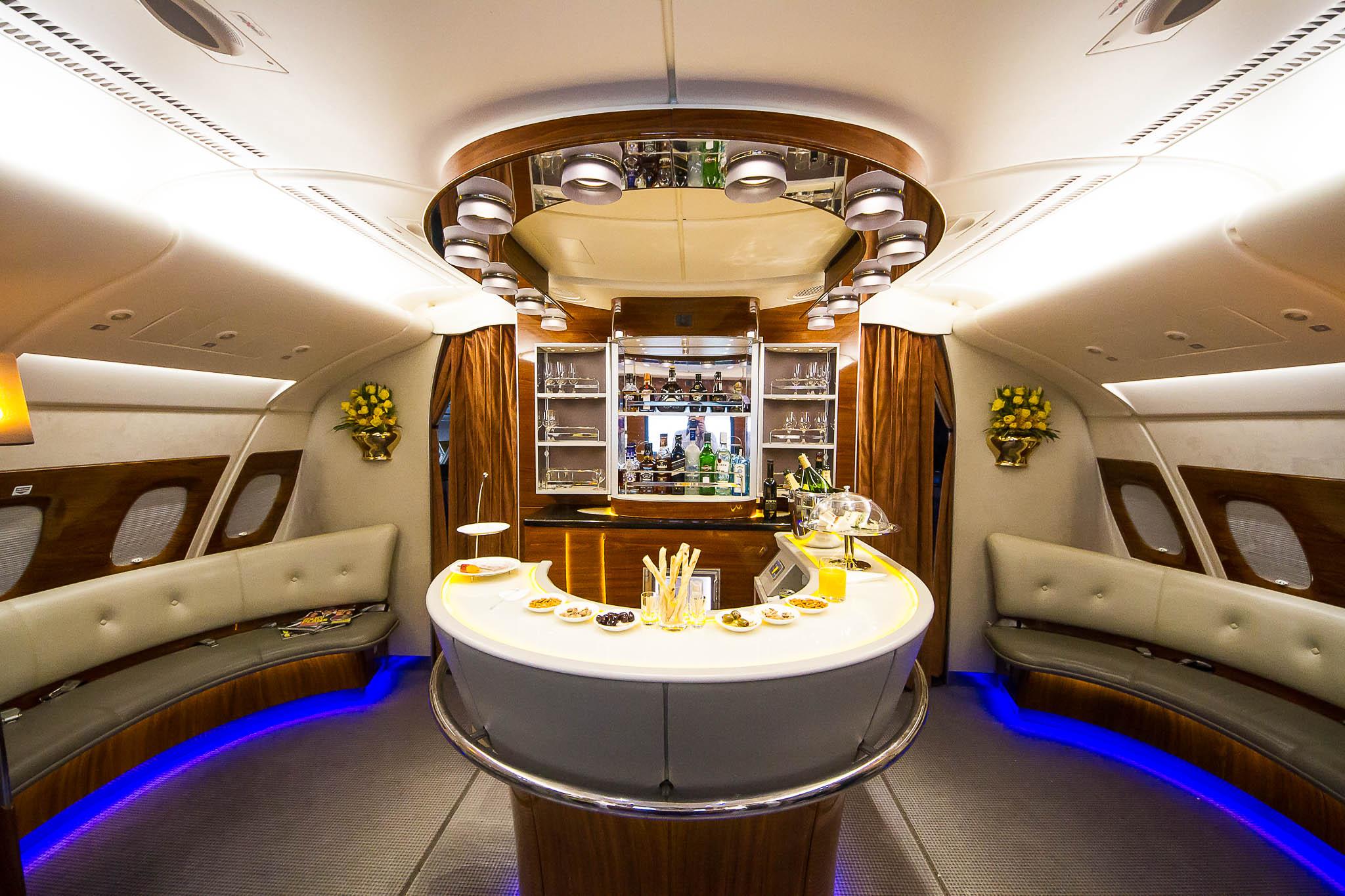 Авиалайнер A380