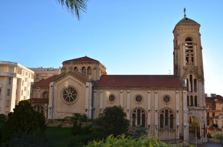 Храм в Босолей
