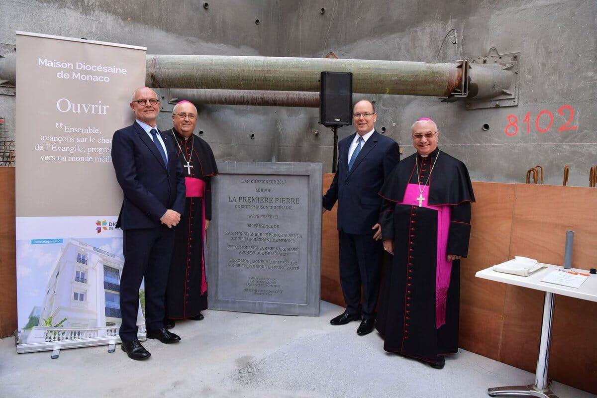 Альбер II заложил первый камень нового епархиального дома
