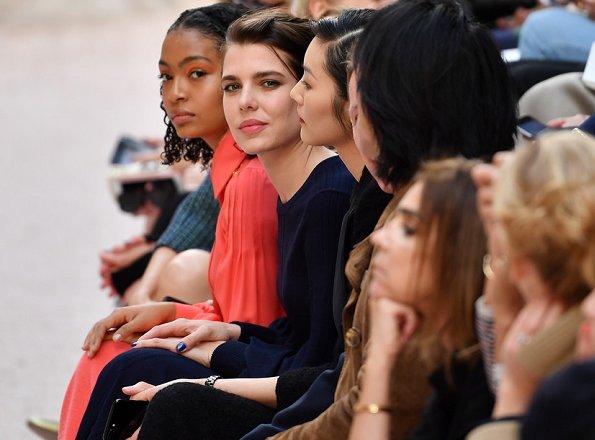 Шарлотта Казираги на модном показе