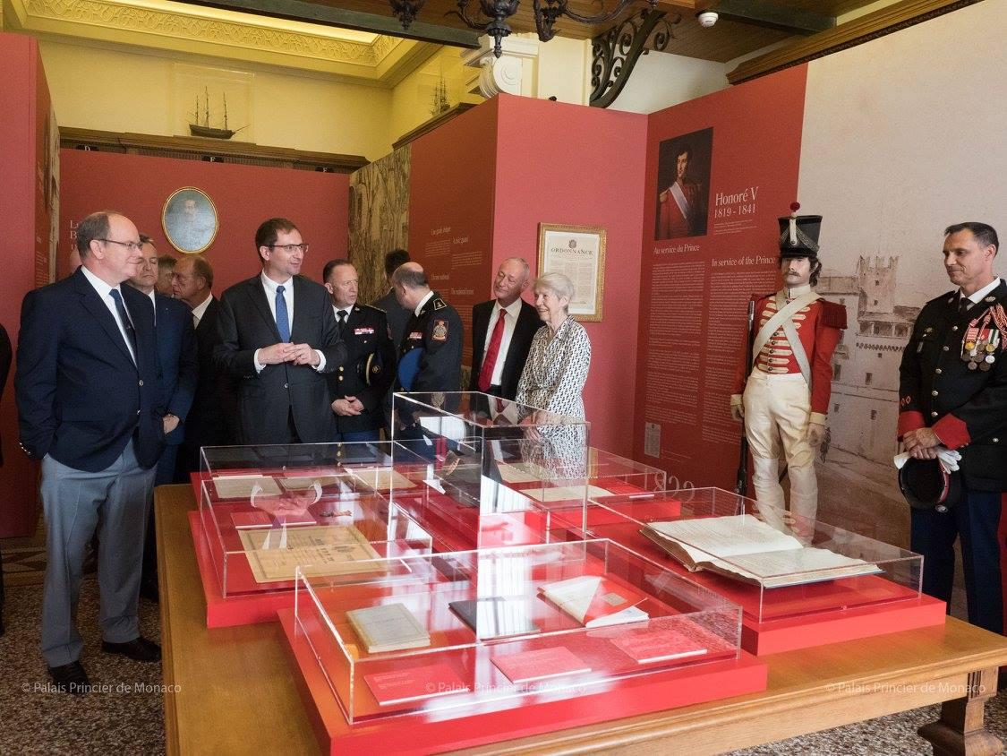 В Княжеском дворце празднуют 200-летие Корпуса карабинеров
