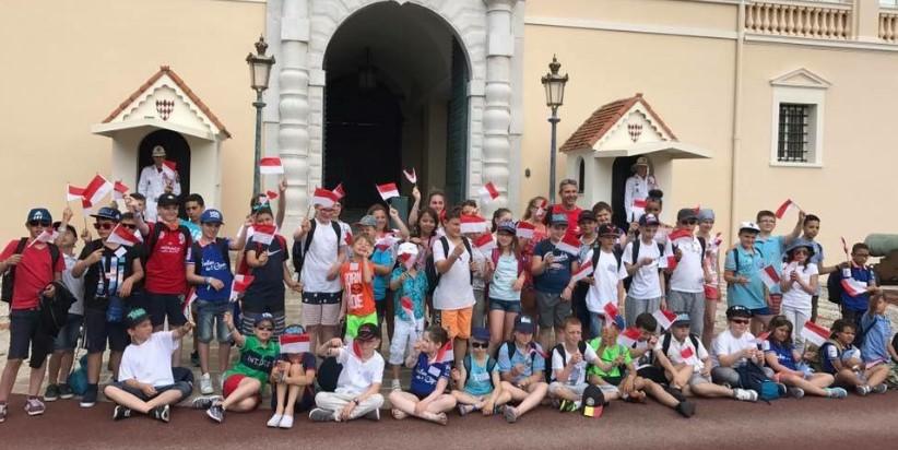 Благотворительная поездка Voiles de l'espoir прошла через Монако
