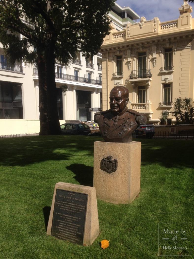 Скульптуры квартала Монте-Карло — часть первая