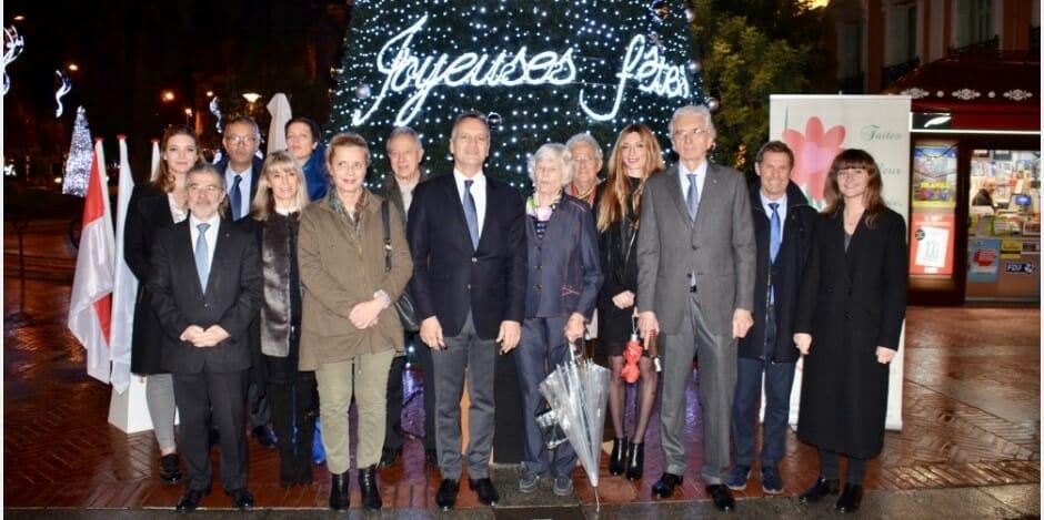 В Монако зажгли рождественские огни