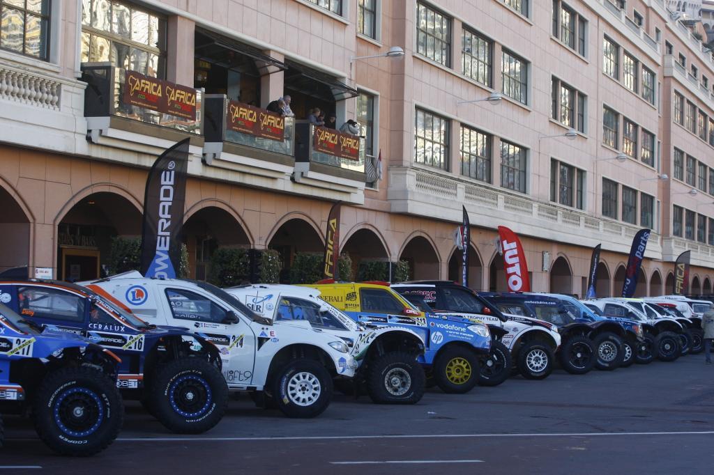 200 гонщиков примут участие в Africa Eco Race