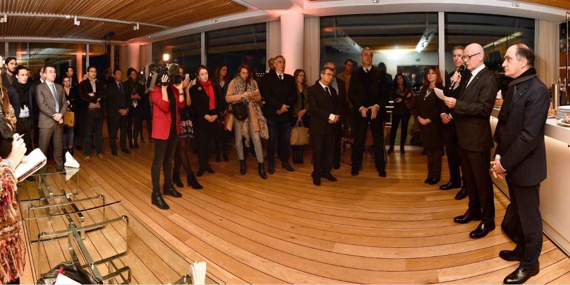 Серж Телль поздравил журналистов с наступившим Новым годом