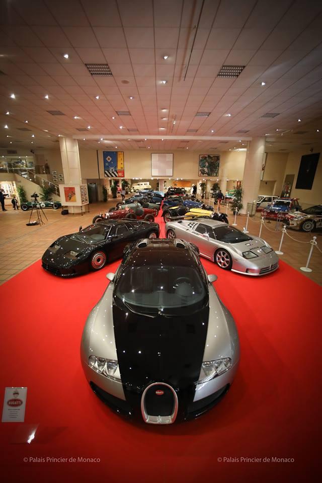 В Монако проходит выставка автомобилей Bugatti