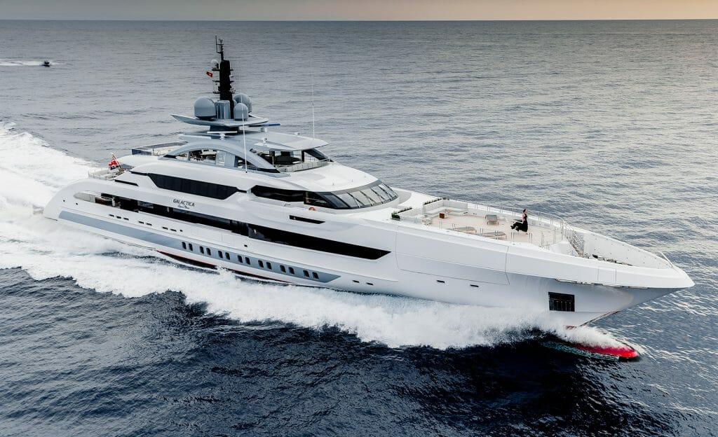 127-метровая яхта YXXI Yacht Design и другие новости