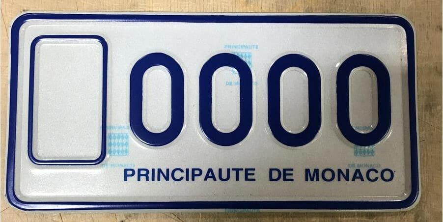 Новый формат номерных знаков для двухколесного транспорта в Монако