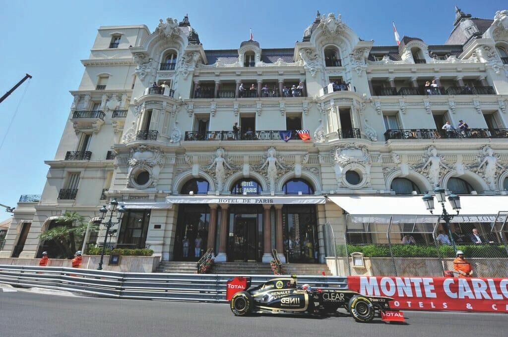 Топ-10 террас с лучшим видом на трассу Формулы 1