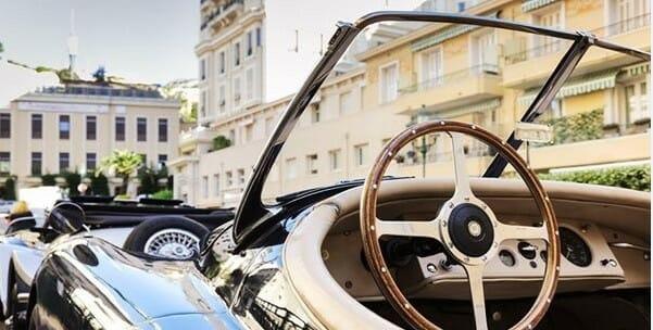 Творить добро за рулём ретро автомобиля с Monaco Disease Power