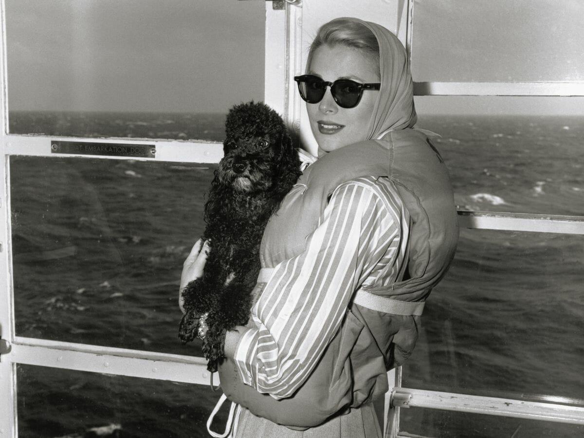 Легендарная яхта Grace Kelly доступна для чартера и другие новости