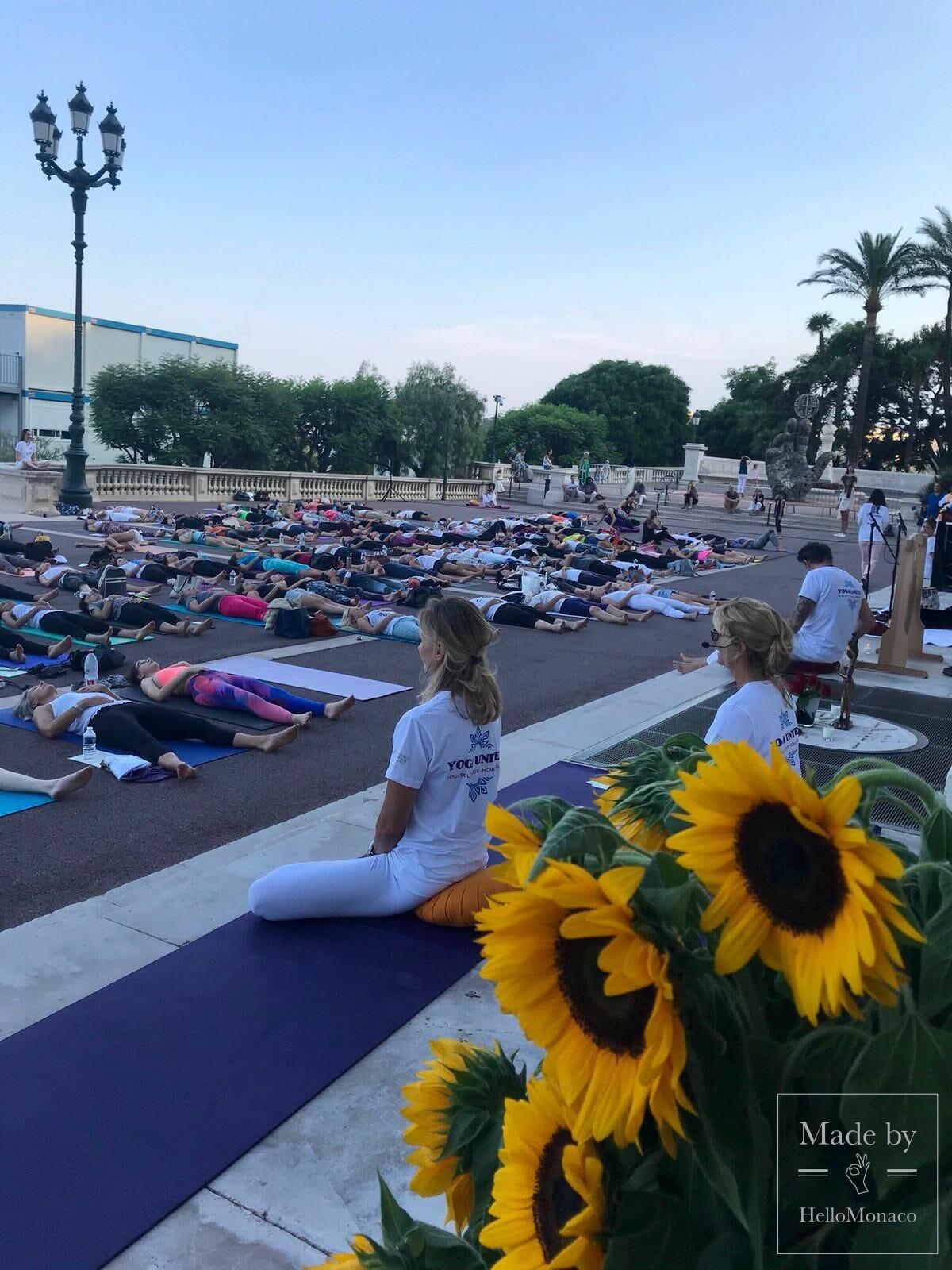 Yoga Solstice на террасе Казино Монте-Карло - баланс для всех