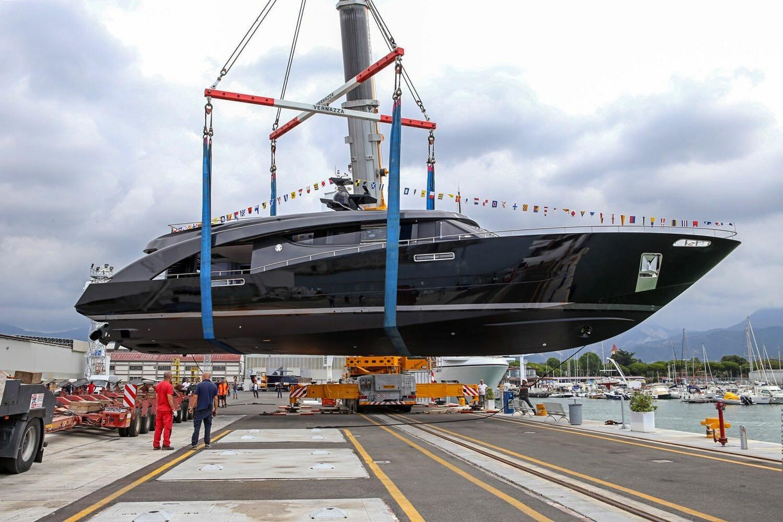 Эксклюзивная 110-метровая суперъяхта Anna от Feadship и другие новости