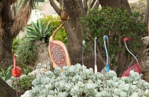 """С 10 сентября по 4 ноября в Экзотическом саду Монако пройдет ставшая традиционной выставка """"Когда цветут скульптуры""""."""